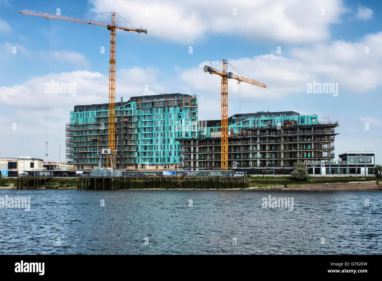 Barratt's Enderby Wharf développement d'appartements de luxe et de Croisière terminal. Greenwich, Londres Banque D'Images