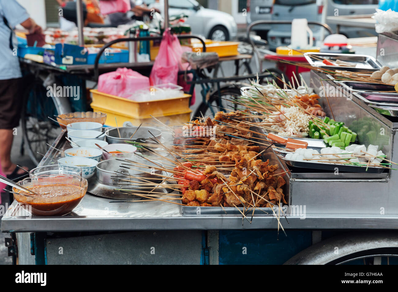 Steamboat Lok-Lok stand au marché alimentaire Rue Kimberly, George Town, Penang, Malaisie. Photo Stock
