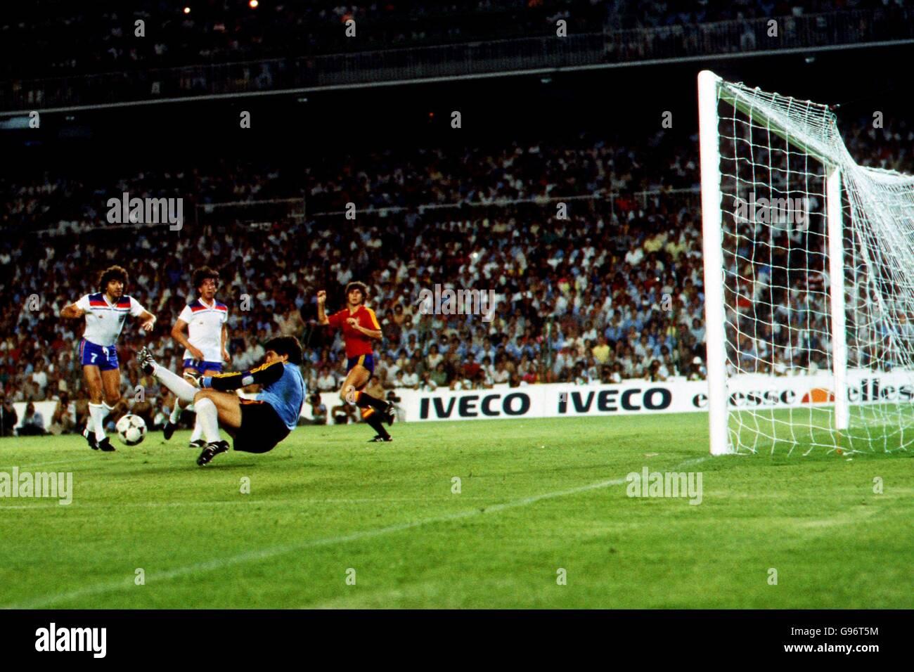 World cup spain 1982 photos world cup spain 1982 images alamy - Coupe du monde de football 1982 ...