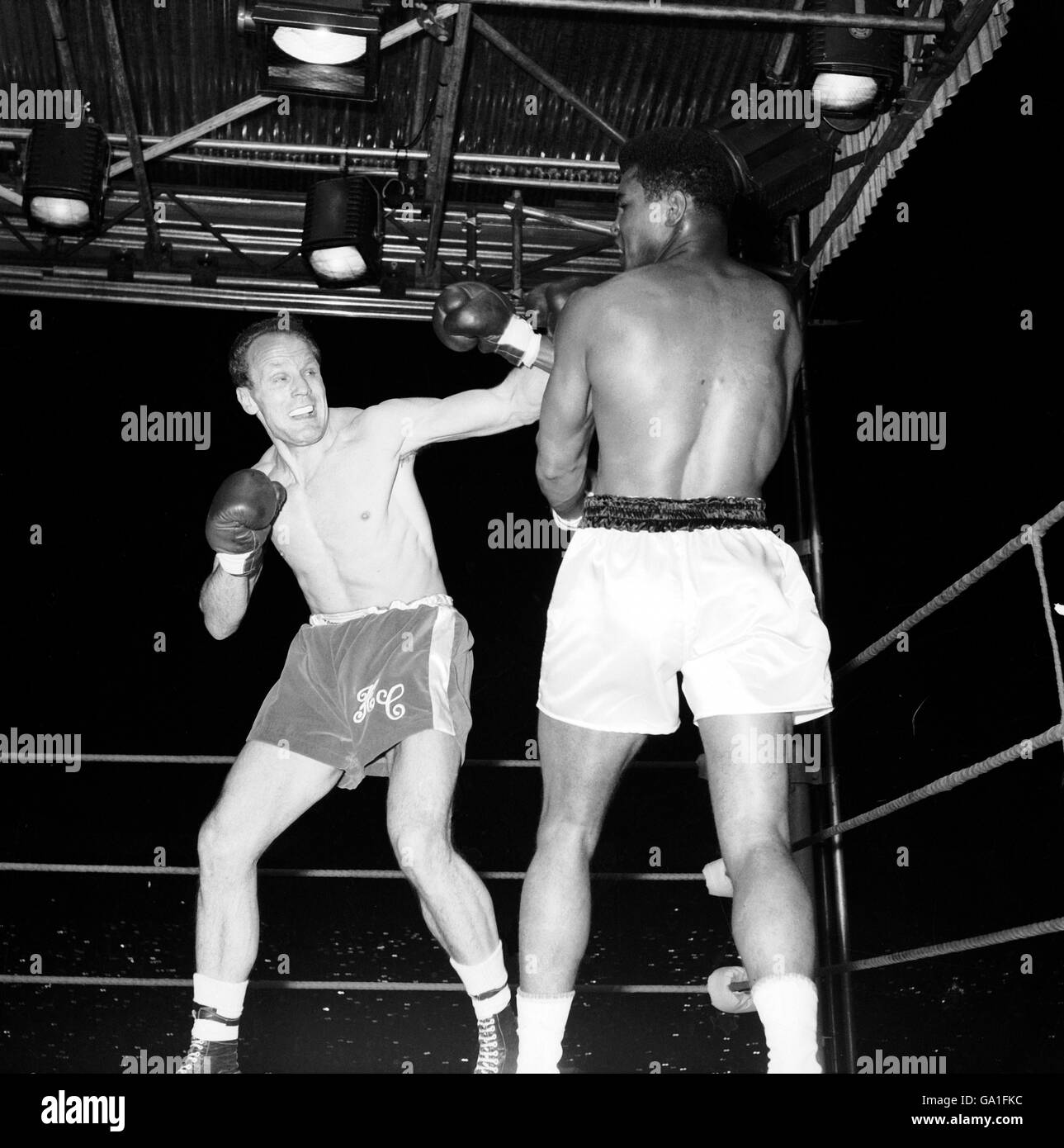 Boxe - World Heavyweight Championship - Muhammad Ali v Henry Cooper Banque D'Images