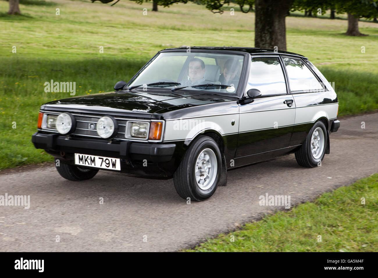 1980 Saloon noir Sunbeam Lotus 2dr lors du rallye automobile classique annuel de Carnforth dans le Lancashire. Les Banque D'Images