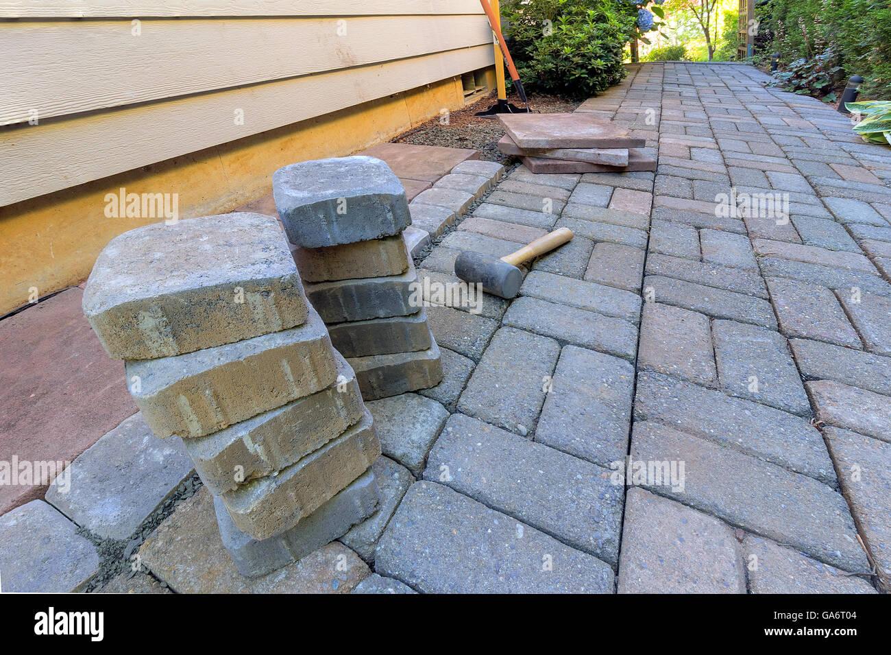 Pavés et dalles en pierre pour le côté patio paves avec aménagement ...