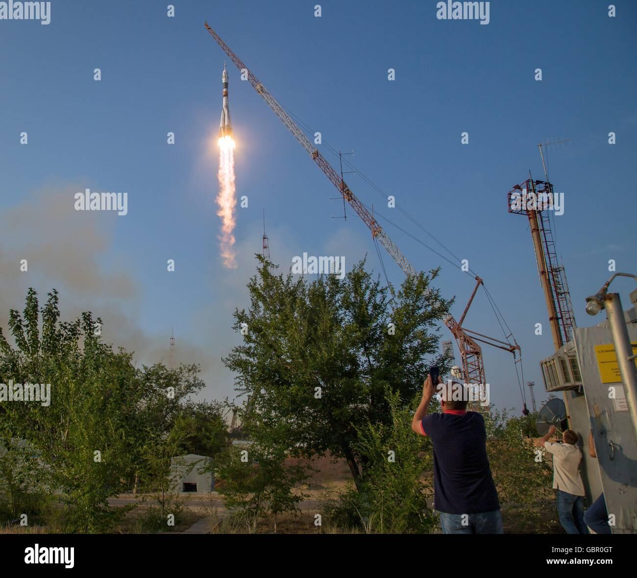 Cosmodrome de Baïkonour, au Kazakhstan. 7 juillet, 2016. Les Soyouz russes MS-01 lancements à la Station spatiale Banque D'Images