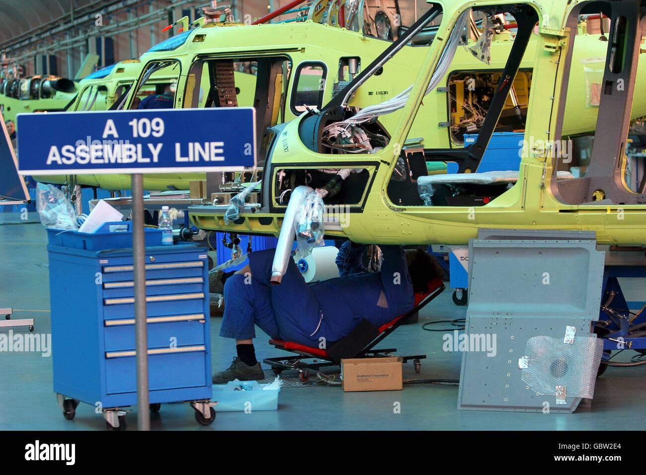 L'industrie aéronautique/Agusta Westland Helicopters - production - ligne de montage - Samarate, Varese, Photo Stock