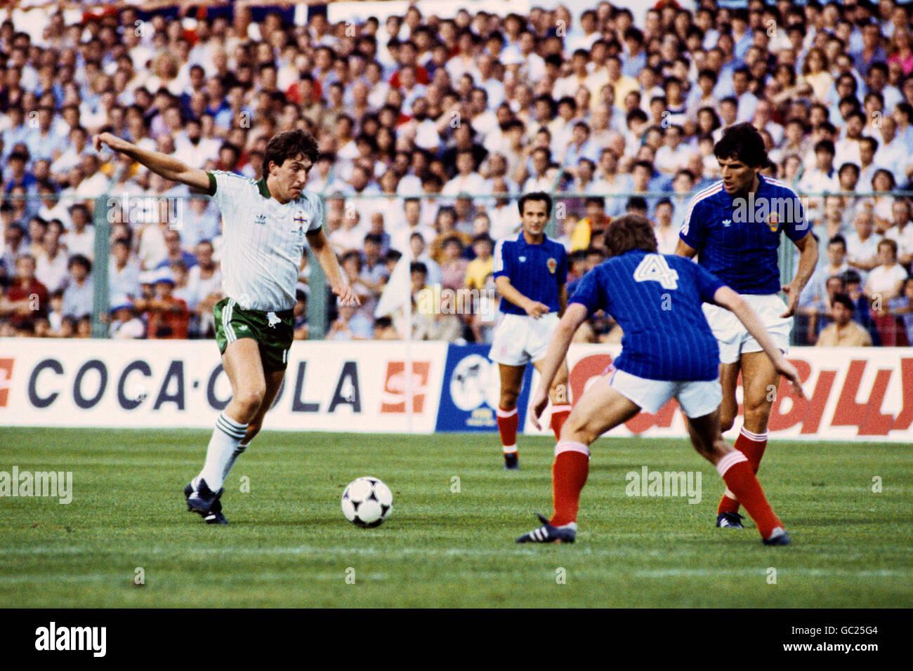 Northern ireland yugoslavia world cup photos northern ireland yugoslavia world cup images alamy - Coupe du monde de football 1982 ...
