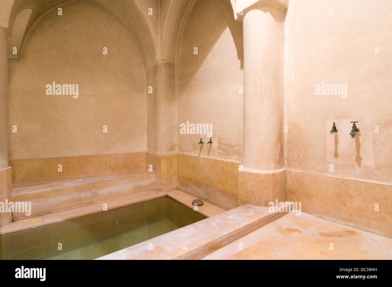 Salle De Bain Style Riad ~ riad caravanserai salle de bains avec murs en pl tre marocain