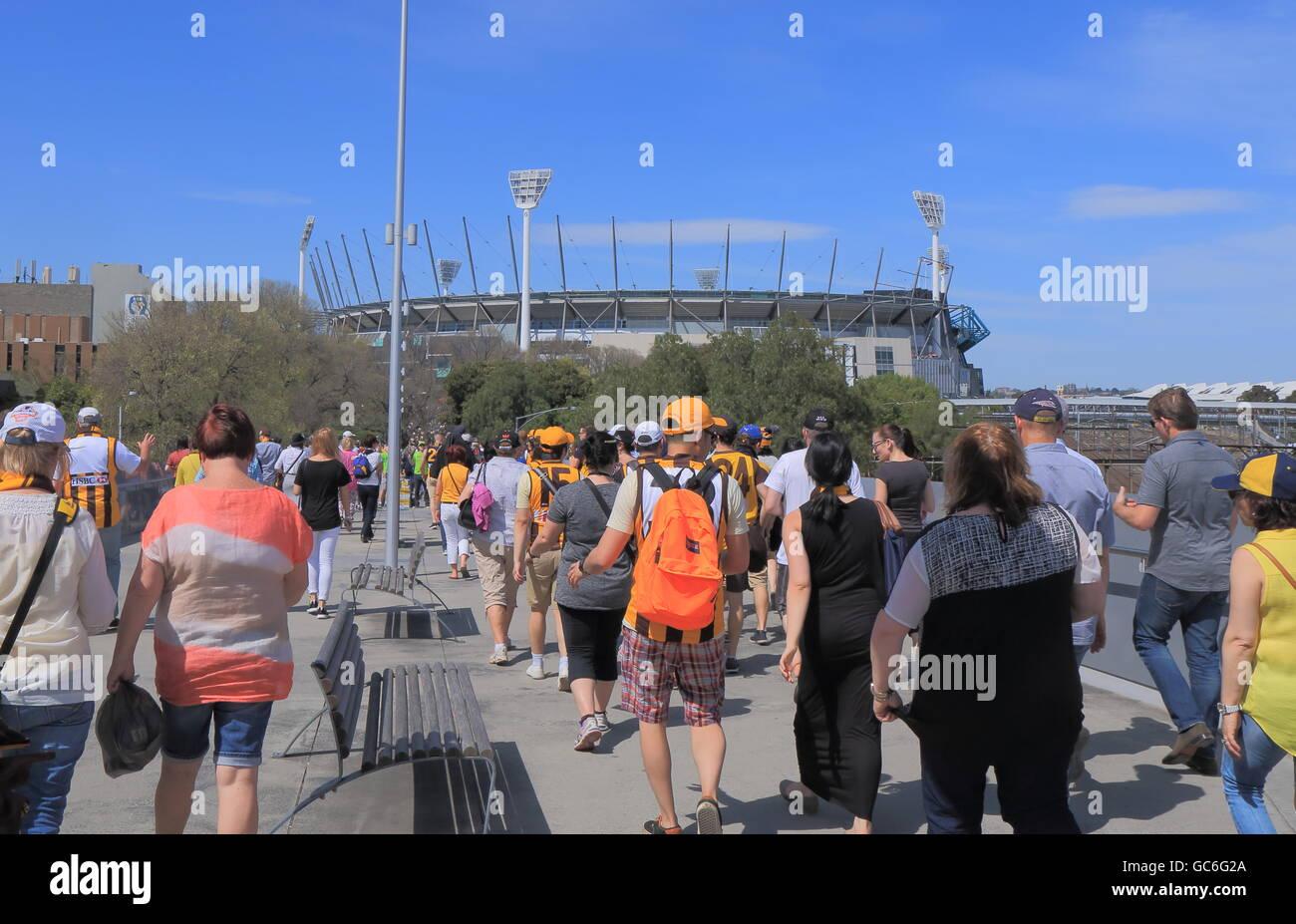Personnes visitent MCG pour la masse de l'AFL dernier match à Melbourne en Australie. Photo Stock