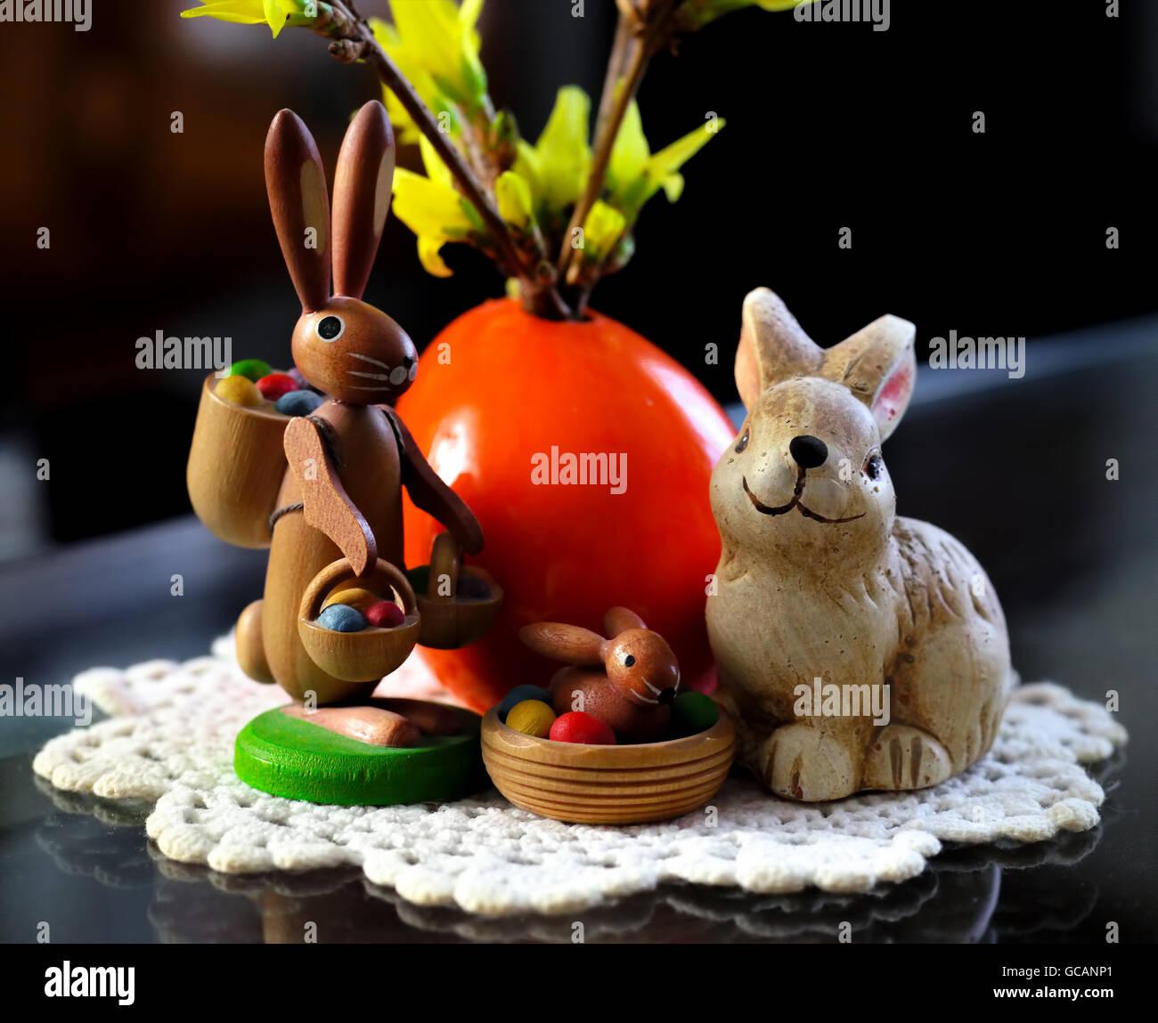 Lapin de Pâques, nostalgique, convivial, coloré Photo Stock