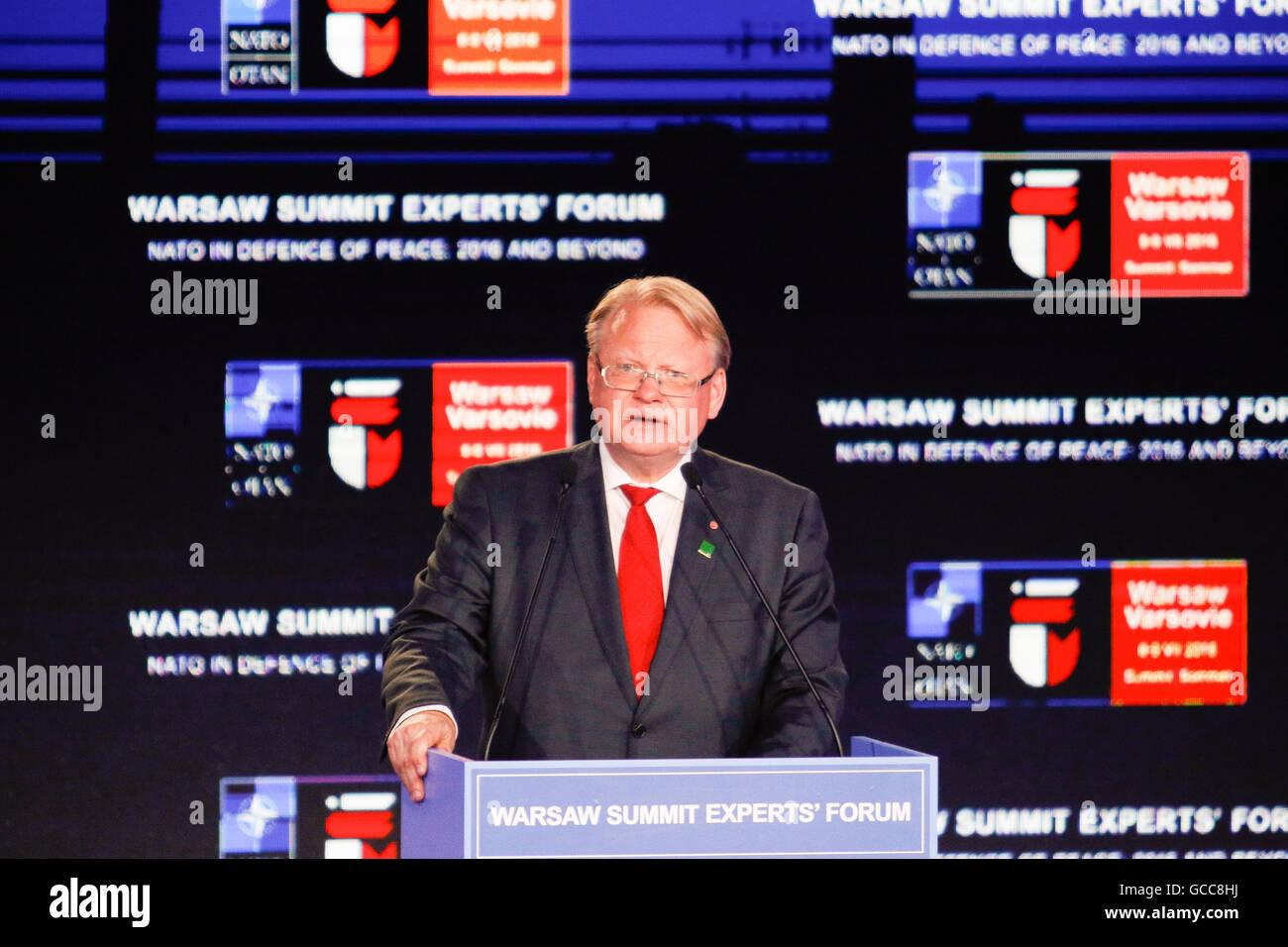 Varsovie, Pologne. 8 juillet, 2016. Varsovie, Pologne. 08 juillet, 2016. Des déclarations d'un ministre de la défense Banque D'Images