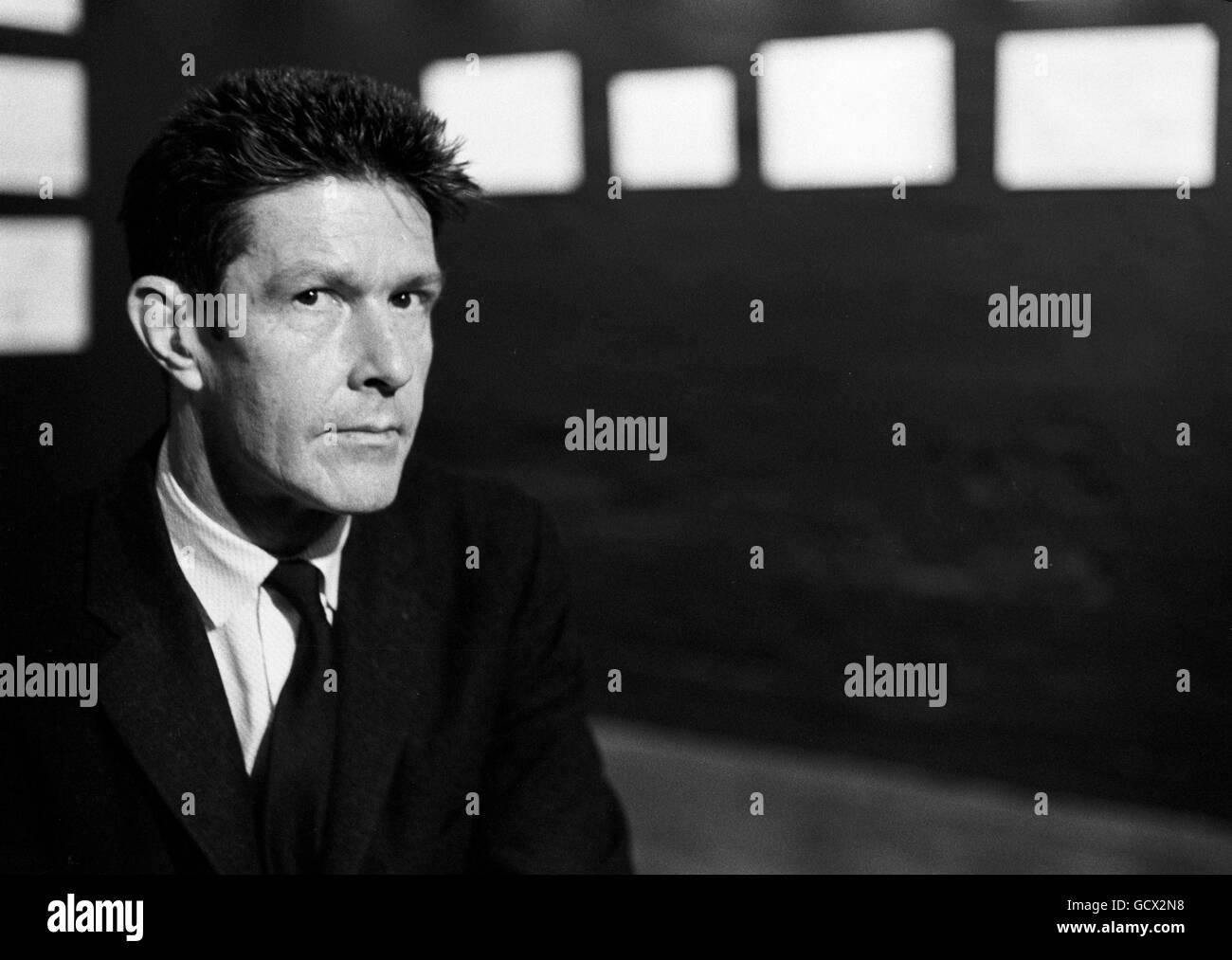 Le compositeur américain John Cage, en 1958 Banque D'Images