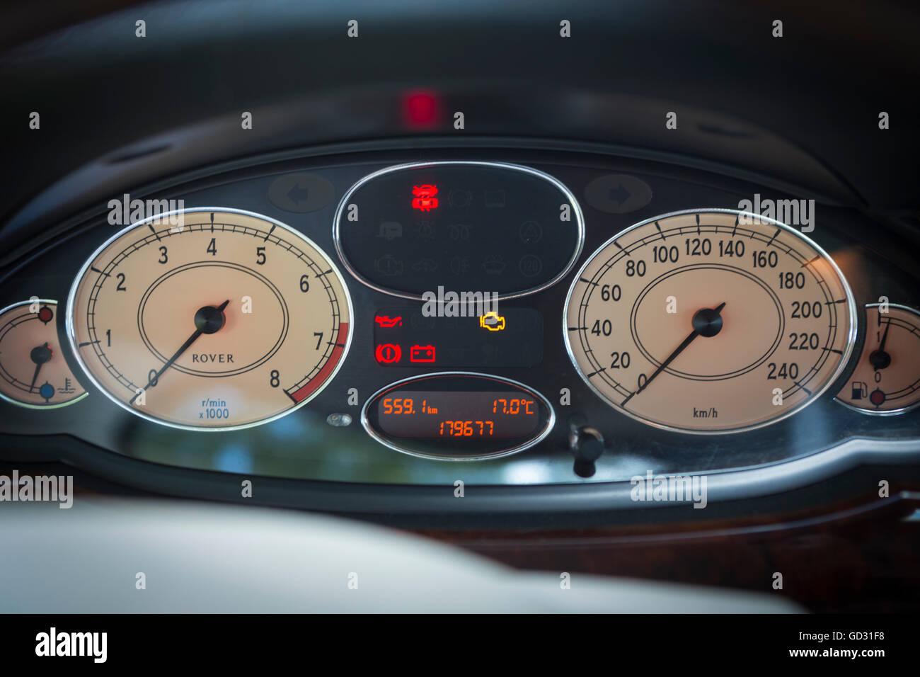 rover 75 voiture intrieur avec compteur de vitesse et compte tours