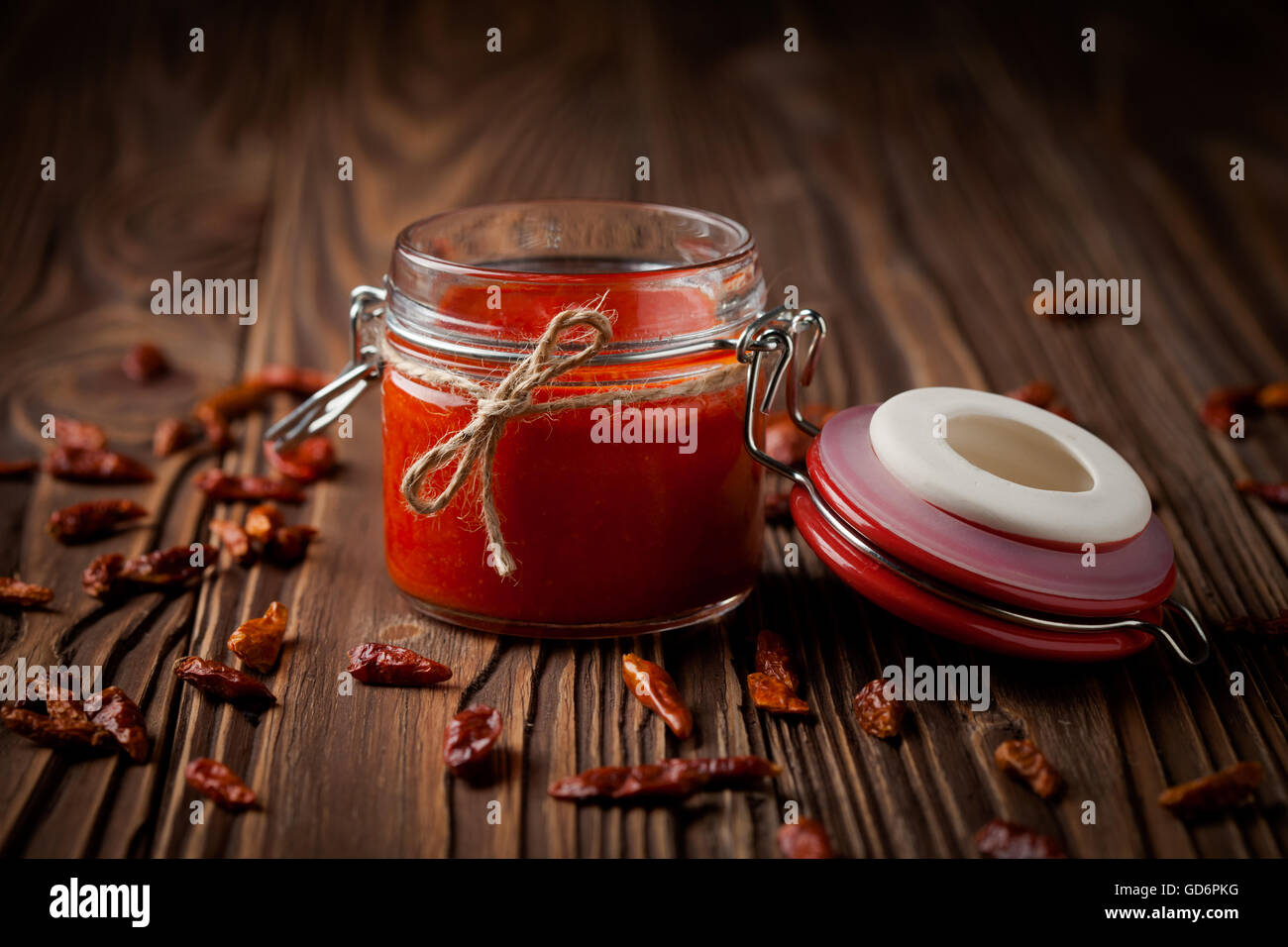 Sriracha sauce chili bricolage naturel Photo Stock