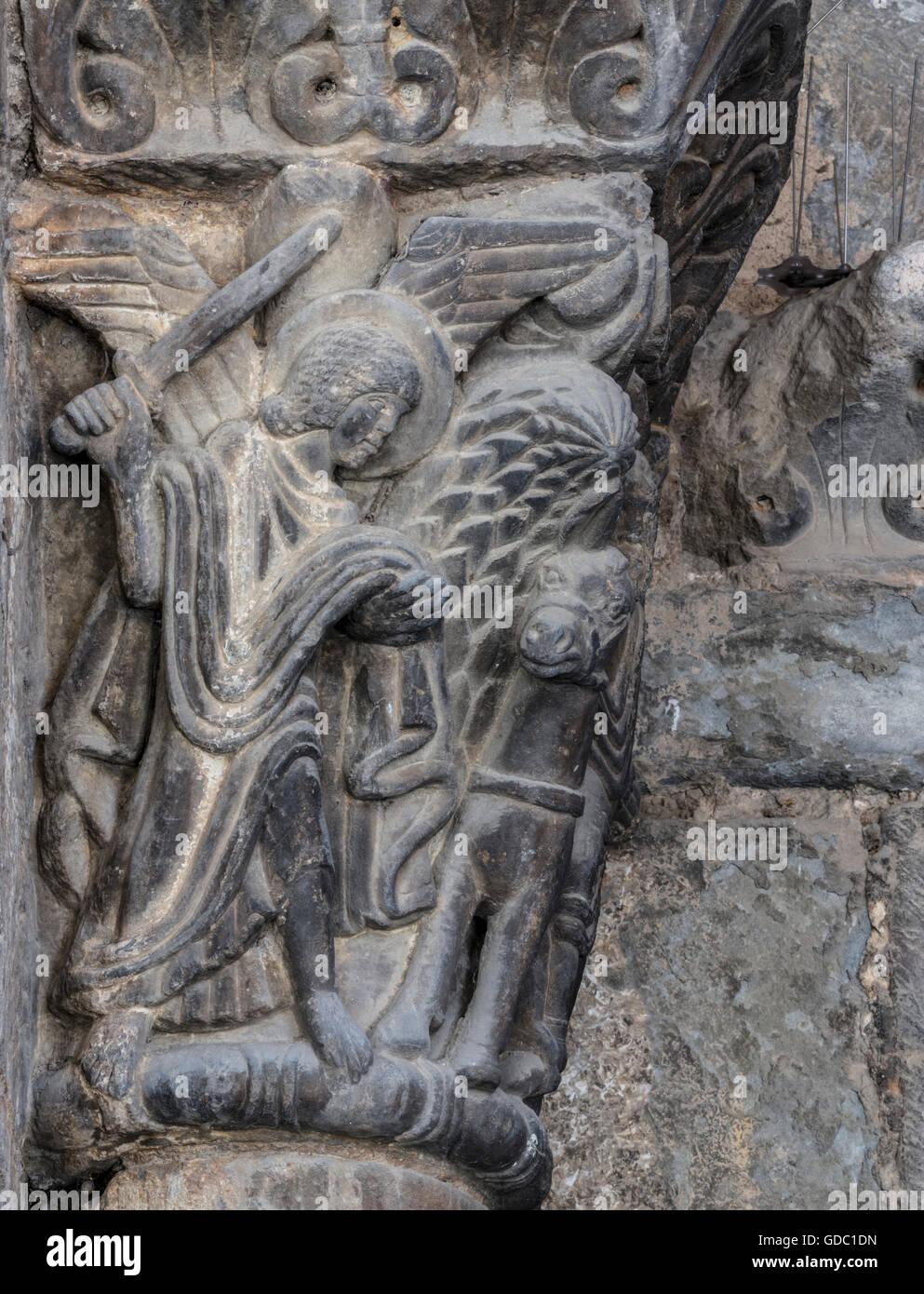 La province de Jaca, Huesca, Aragon, Espagne. Le capital à l'extérieur de l'époque romane Photo Stock
