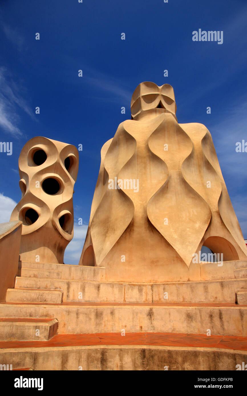 Sur le toit de 'La Pedrera' ('Casa Milà'), l'un des chefs-d par le célèbre architecte Photo Stock