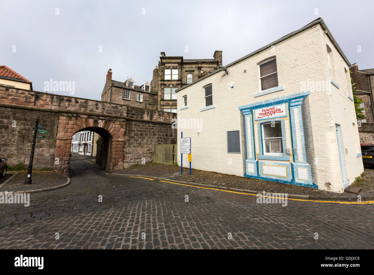 Berwick-upon-Tweed et Shoregate Pictorial photography shop en murs de quai, Northumberland, England, UK Photo Stock