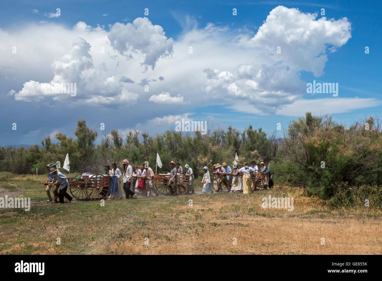 Mormon les élèves du secondaire de participer à trois jours de trek de charrettes, de recréer Photo Stock