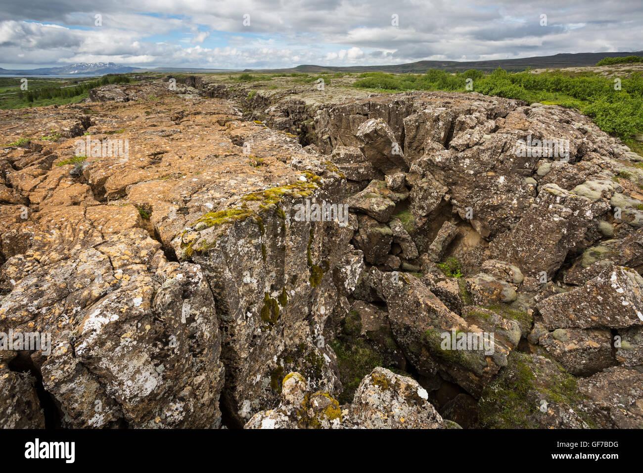 Le Parc National de Thingvellir, Islande, défaillance dans le paysage provoquée par la dérive Photo Stock