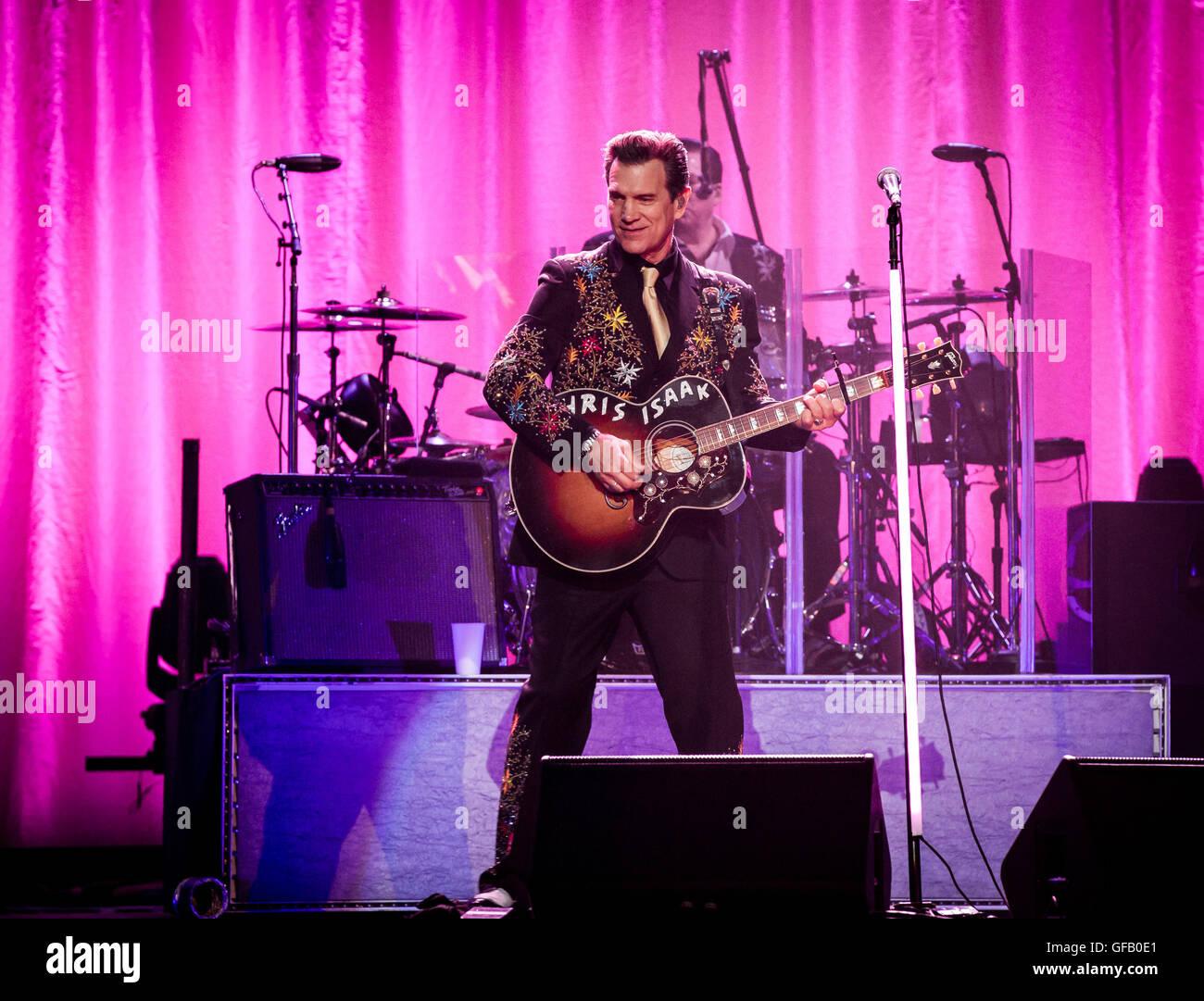 Las Vegas, Nevada, USA. 30 juillet, 2016. Chris Isaak effectue au niveau de l'articulation du Hard Rock Hotel & Casino à Las Vegas, NV le 30 juillet 2016. Crédit: Erik Kabik Photographie/ MediaPunch Banque D'Images