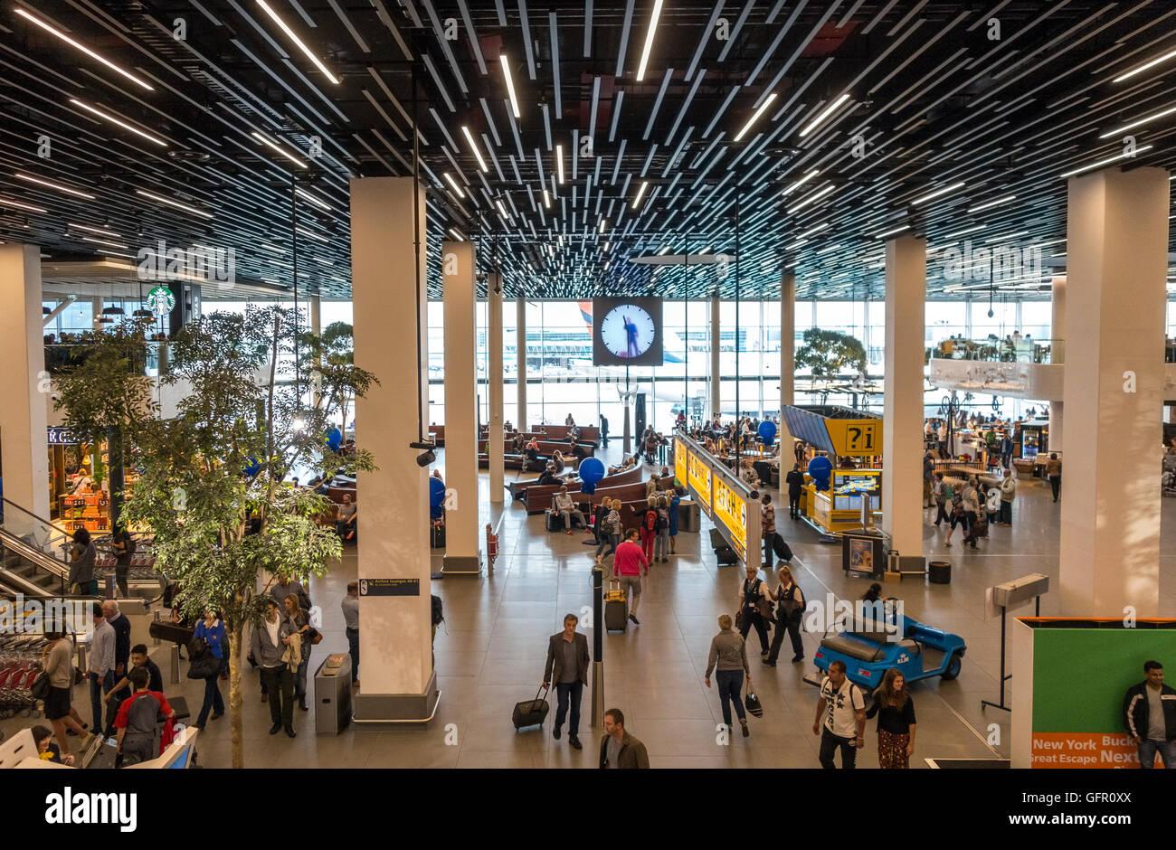 2 salle d'embarquement à l'aéroport Schiphol Amsterdam Photo Stock