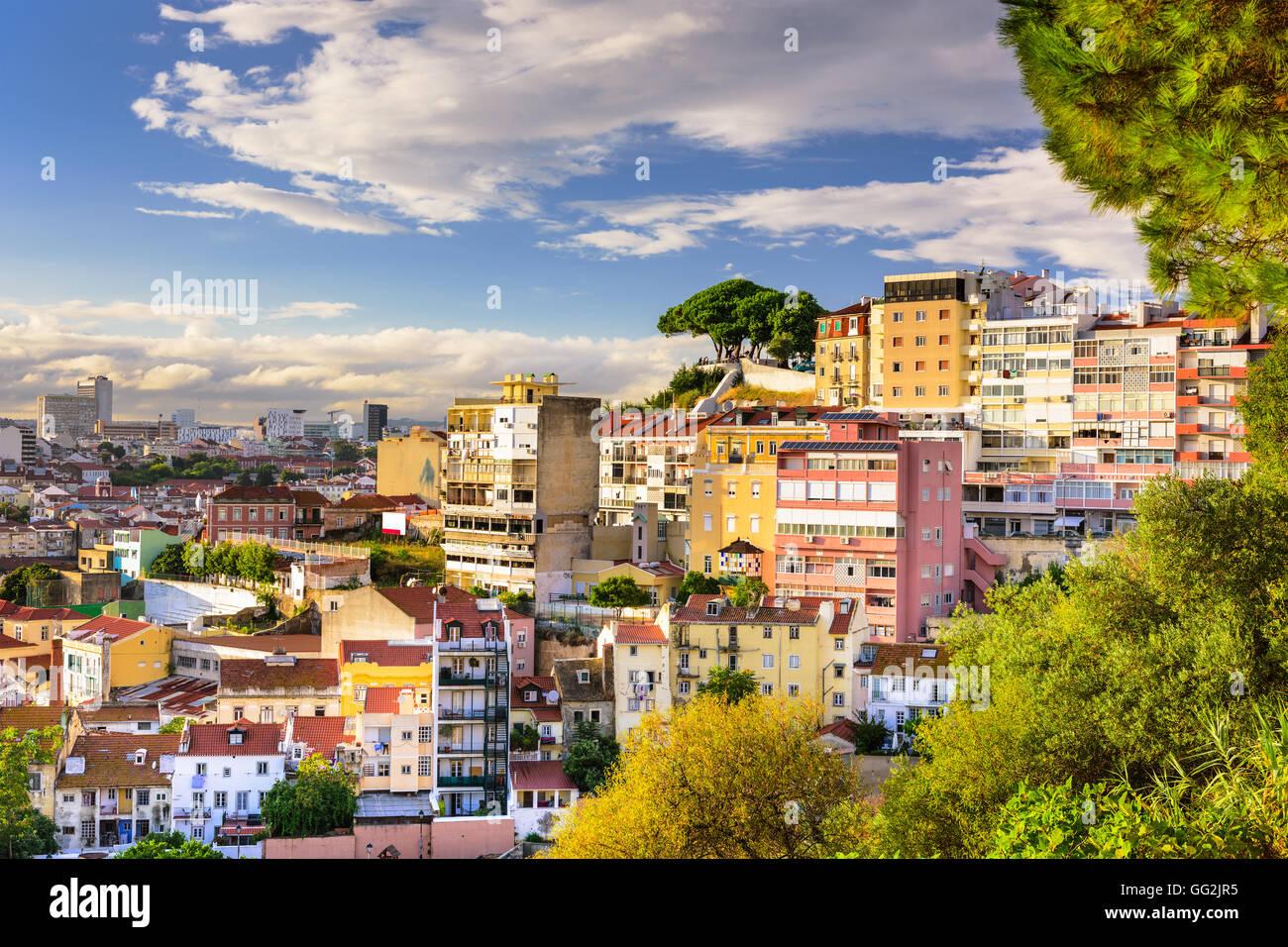 Lisbonne, Portugal colline paysage urbain. Photo Stock