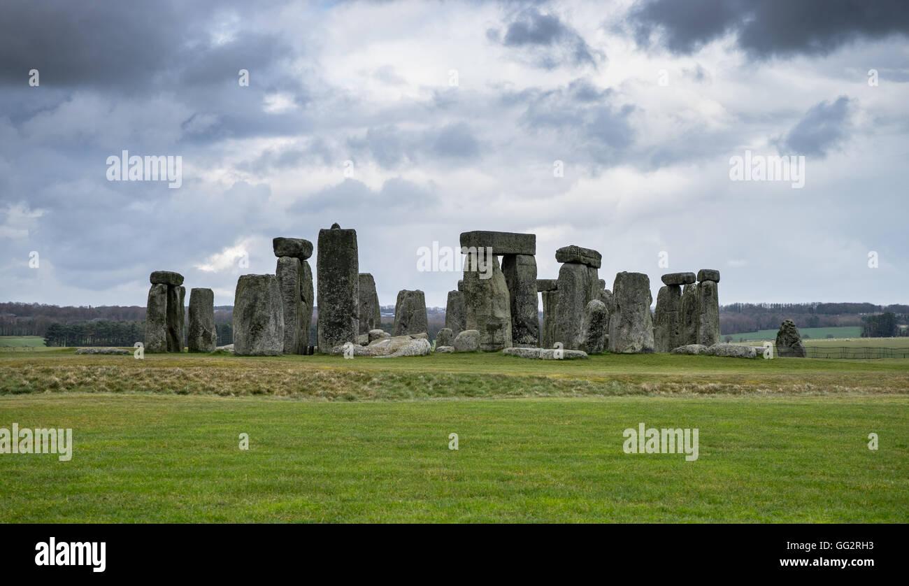 Stonehenge sur un jour de tempête Photo Stock