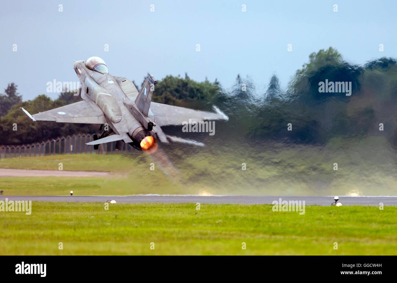 F-16C Fighting Falcon de l'Armée de l'air Hellanic au Royal International Air Tattoo 2016 Banque D'Images