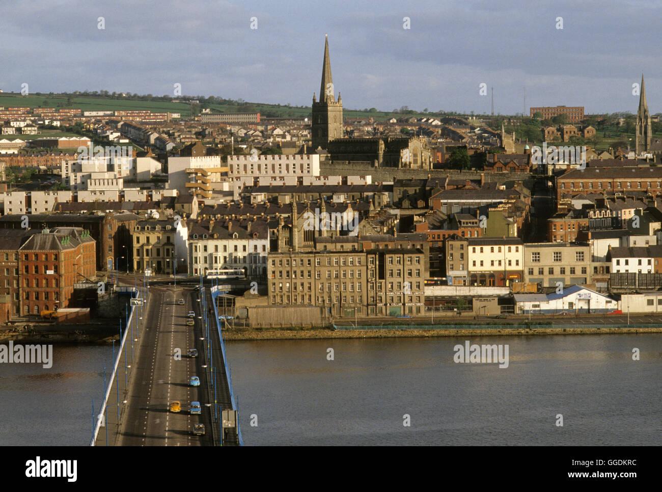 Derry Londonderry 1980 rivière Foyle Irlande du Nord HOMER SYKES Photo Stock