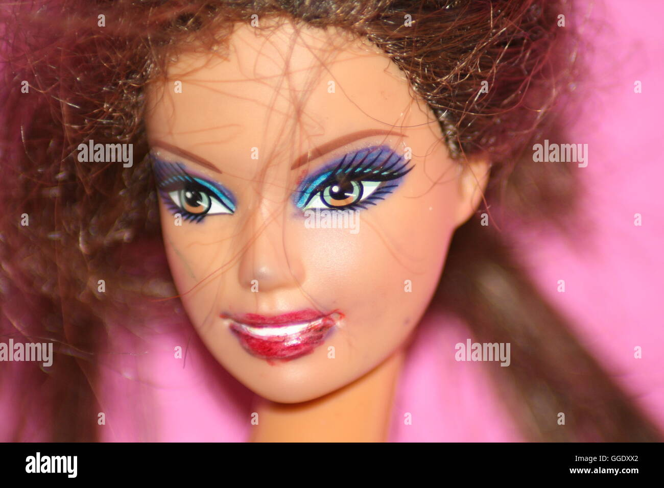 6c09b547a0c Doll With Makeup On Photos & Doll With Makeup On Images - Alamy