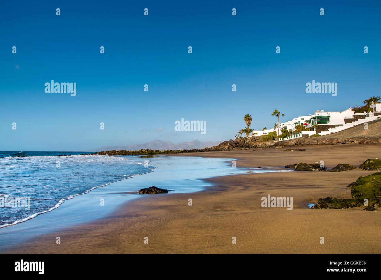 Plage de Playa del Barranquillo, Puerto del Carmen, Lanzarote, îles Canaries, Espagne Banque D'Images