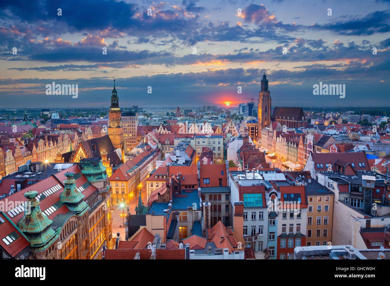 Wroclaw. image de Wroclaw, Pologne pendant le crépuscule heure bleue. Photo Stock