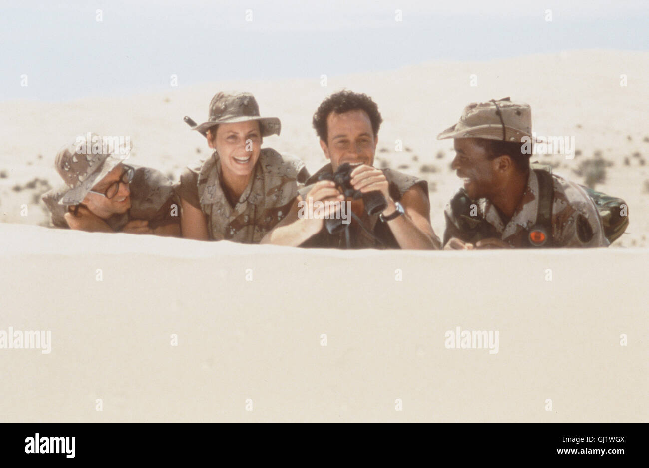 En maintenant l'armée- os (PAULY SHORE) sich mehr als propose Recht als schlecht Articles dans un Hifiladen Photo Stock