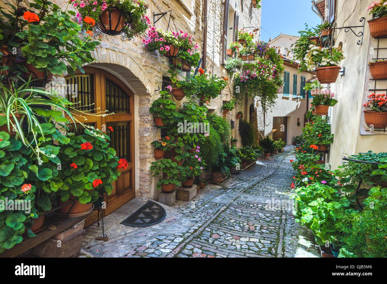 Spello et ses coins et les rues de la belle ville italienne en Italie. Photo Stock