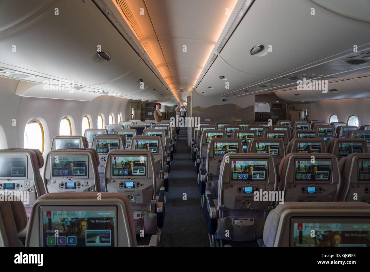 L\'intérieur d\'une économie de classe le plus grand avion Airbus A380 ...