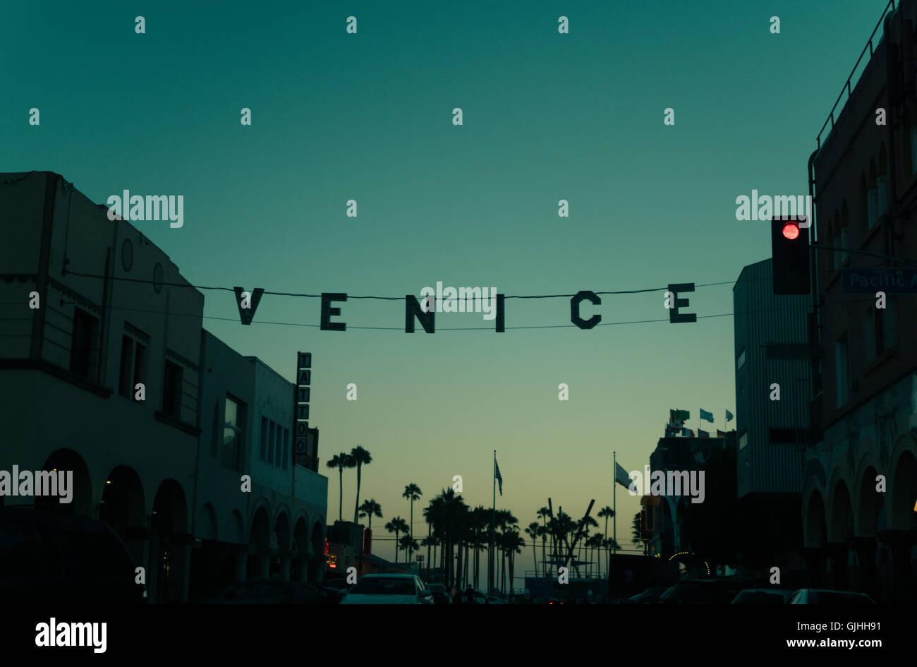 Coucher de soleil sur la plage de Venice, en Californie, l'Amérique, USA Photo Stock