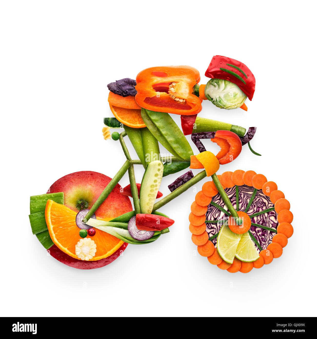 Concept d'aliments sains d'un cycliste le vélo fait des ...