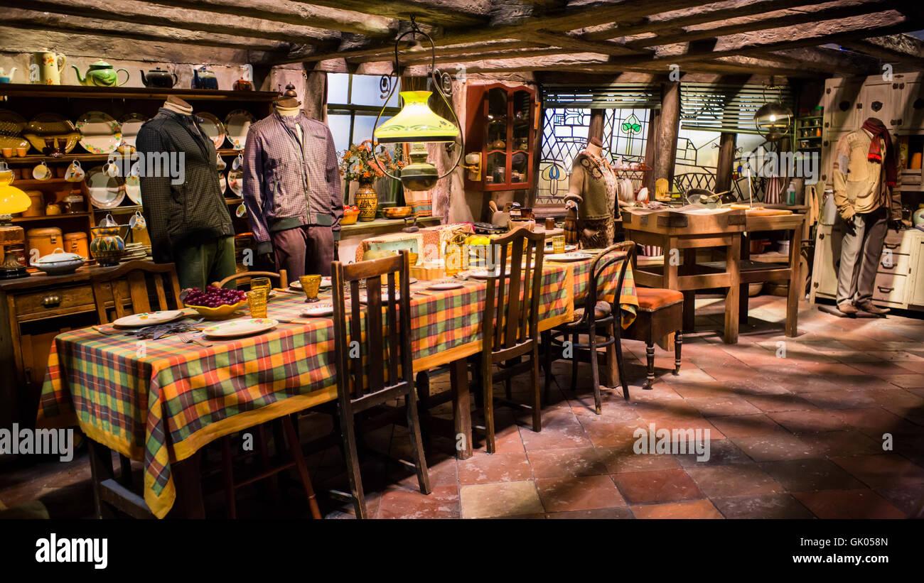 La maison Weasley dans Harry Potter World Warner Bros Studio Tour Leavesden  Informations Watford, Royaume,Uni