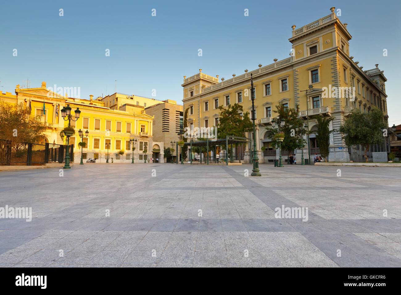 Les bâtiments de la Banque Nationale de Grèce dans la place Kotzia, Athènes. Photo Stock