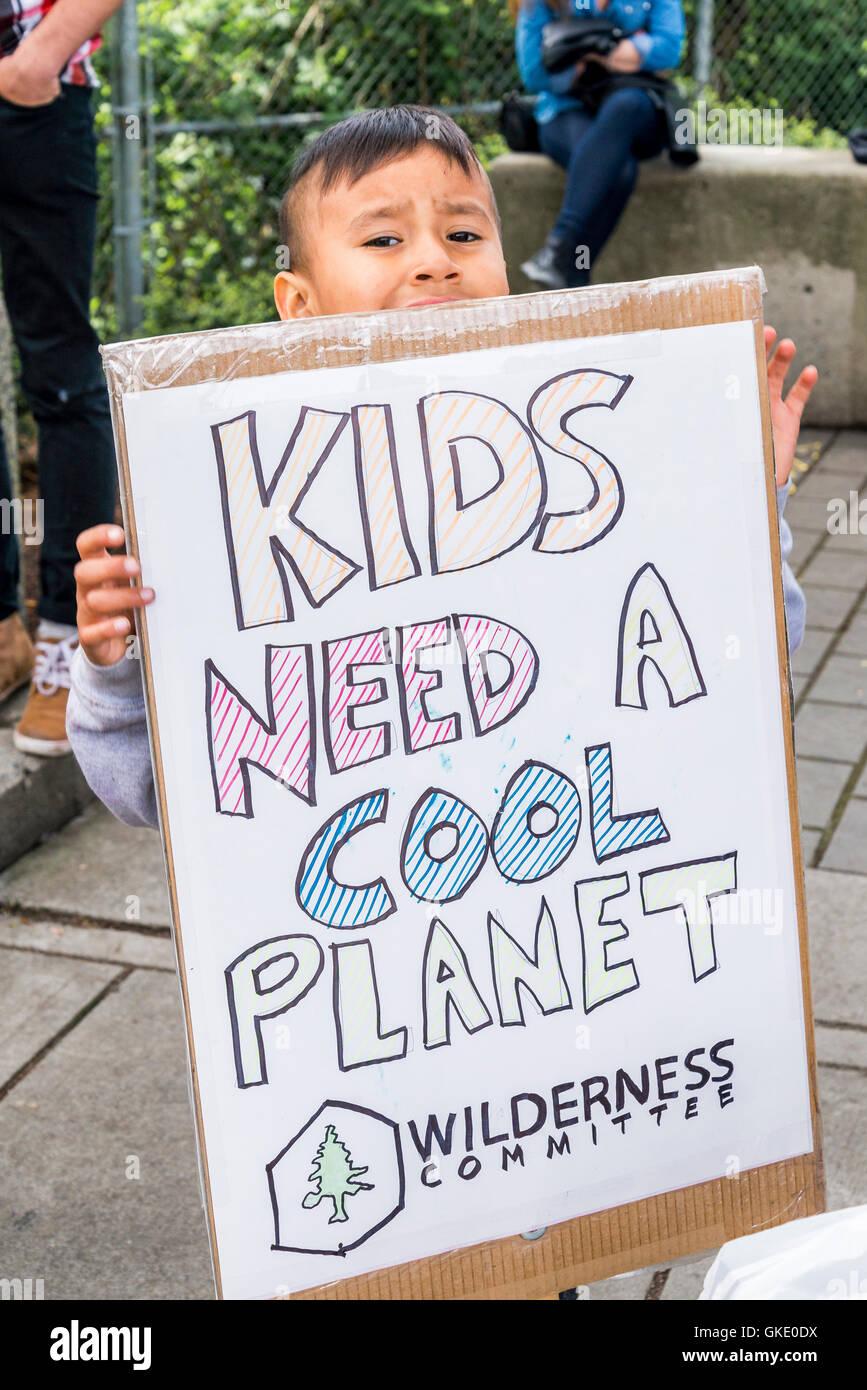 Earth Day Parade de Vancouver, créé par des jeunes pour la justice climatique maintenant, Vancouver, British Photo Stock