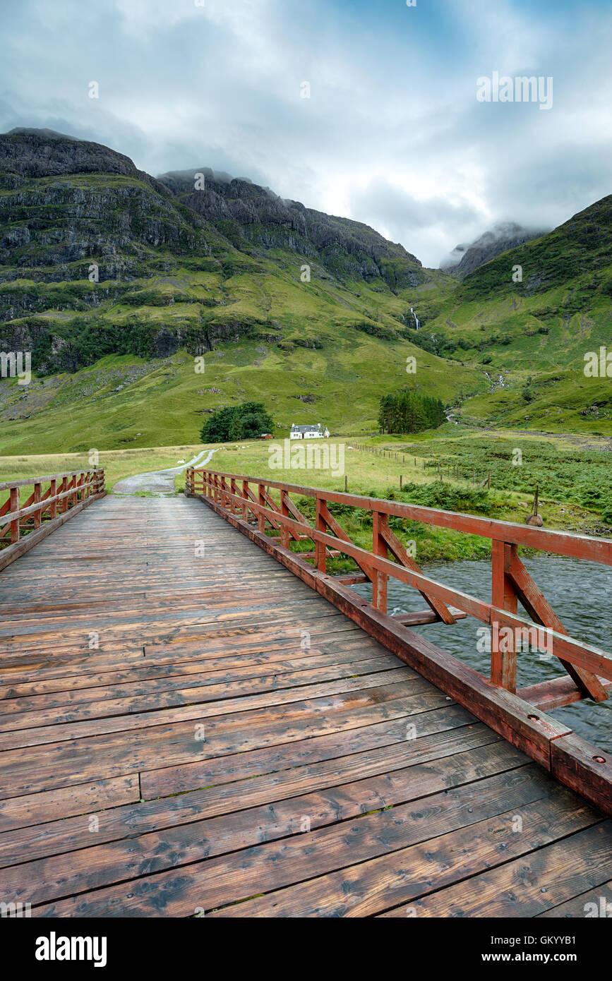 Un chalet de montagne à Glencoe dans les highlands d'Ecosse Photo Stock