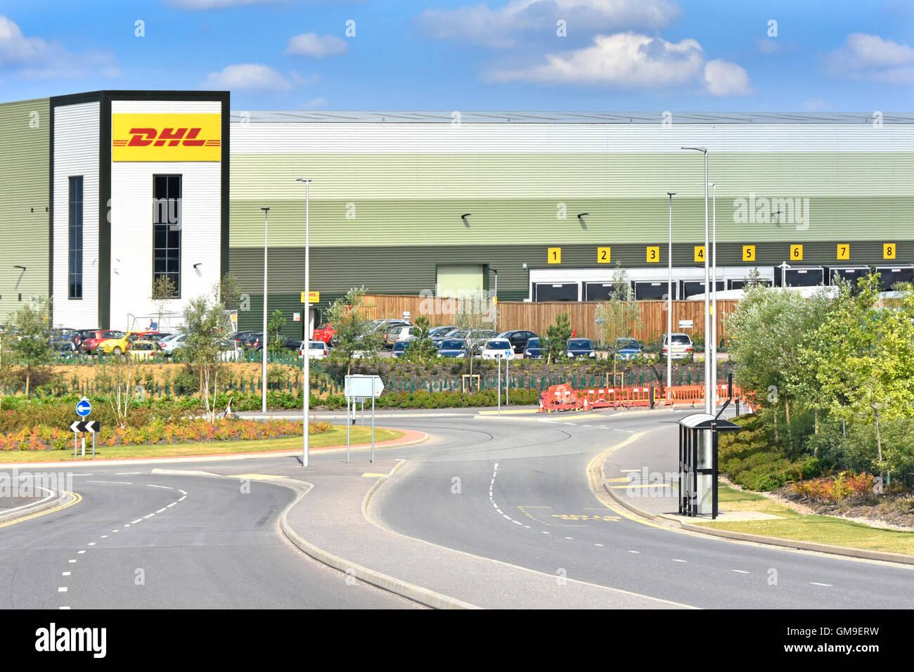 DHL Logistics uk entrepôt de distribution sur le développement de la passerelle de rugby de l'établissement Photo Stock