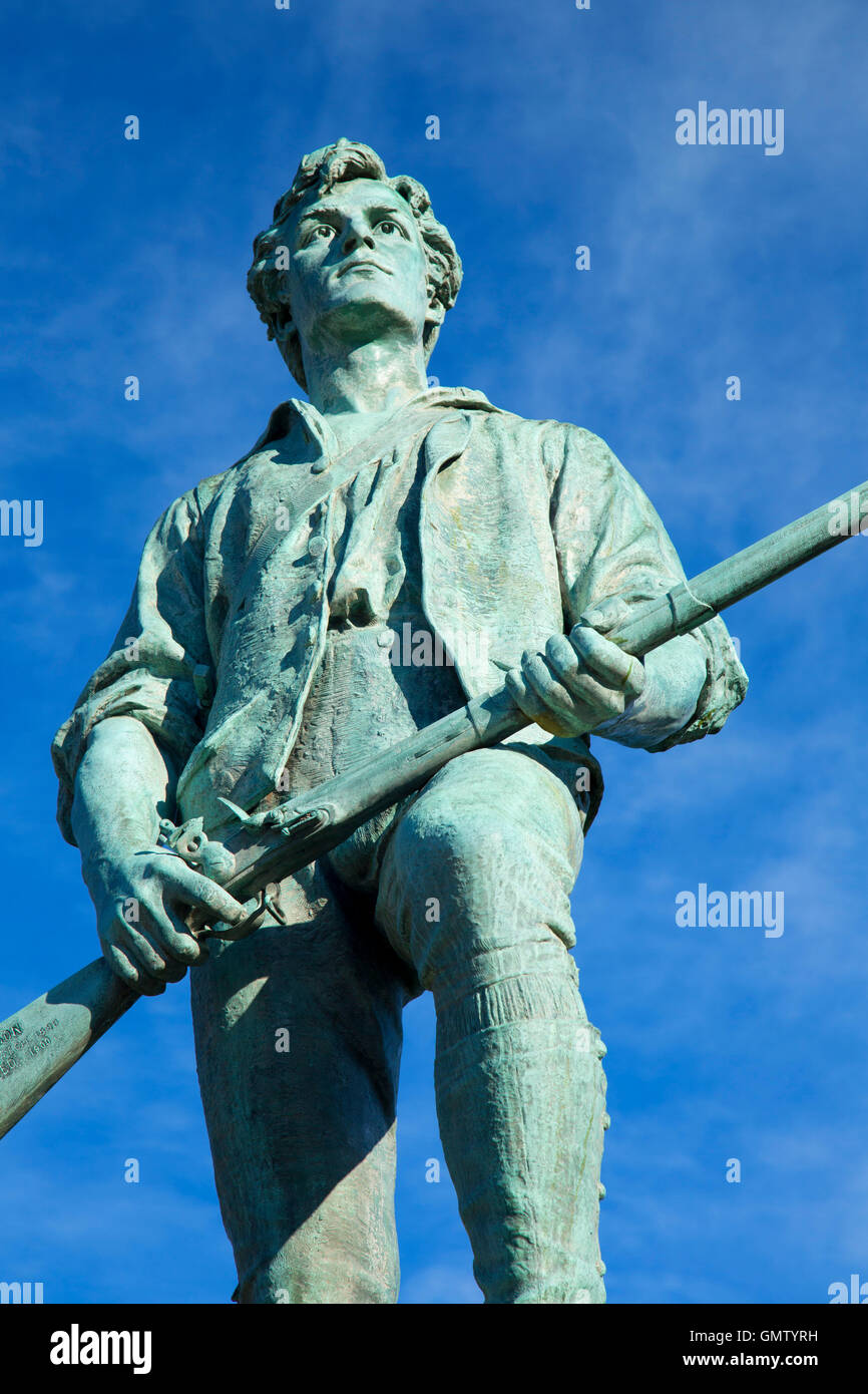 Le Capitaine Parker statue sur la bataille de Lexington Green, Green, Lexington, Massachusetts Banque D'Images