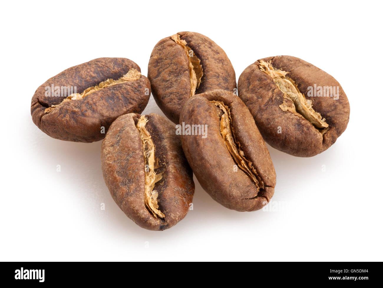 Isolés, les grains de café Photo Stock