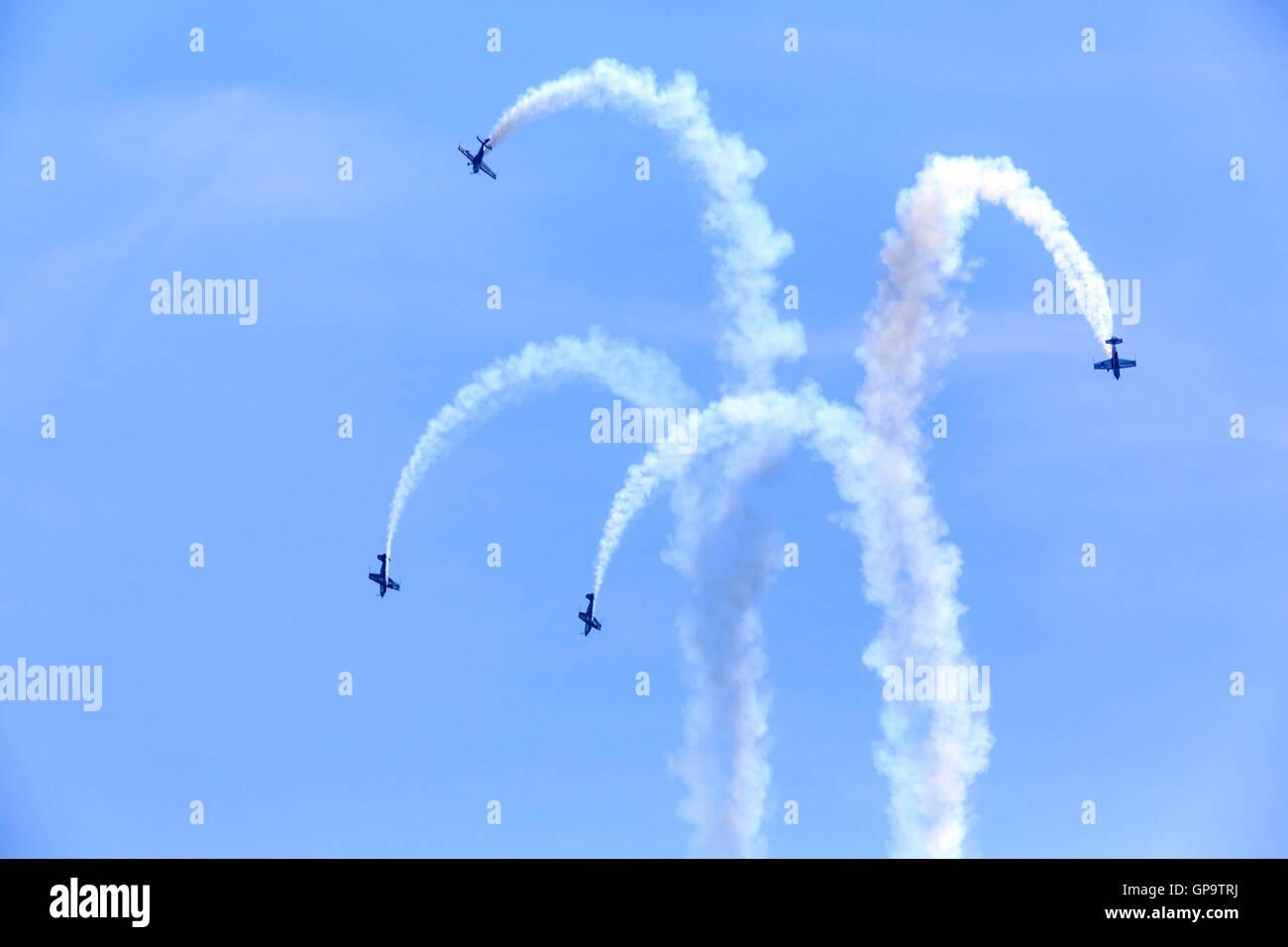 Les lames aerobatic affichage à l'Airshow 2016 Eastbourne 29-11-2013 Photo Stock