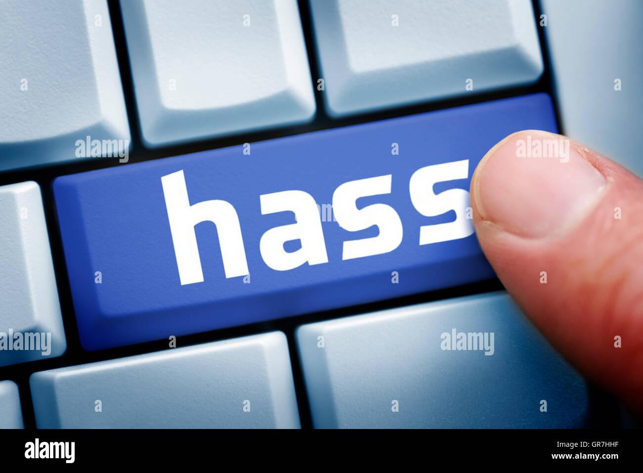 Mot allemand pour la haine sur une touche de l'ordinateur Photo Stock