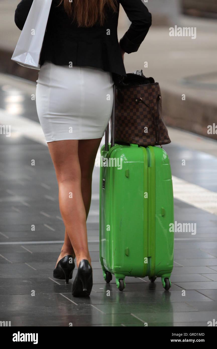 Skirt And High Heels Short Photosamp; shrdxBtQC