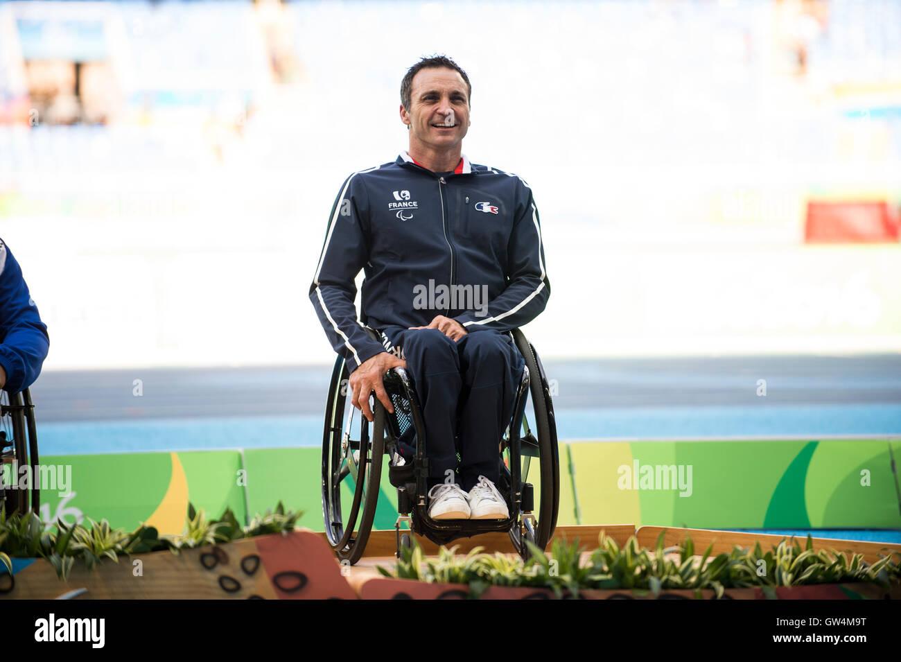 RIO DE JANEIRO, RJ - 11.09.2016: PARALIMPÍADA 2016 Athlétisme - Pierre Fairbank (FRA) Médaille de bronze au 400m hommes&#39;s shal- w - T53 au cours de l'Paralimpíada 2016 tenue d'athlétisme au Stade Olympique Engenhão (). (Photo:so Pupo/FotoFotoarena) Banque D'Images