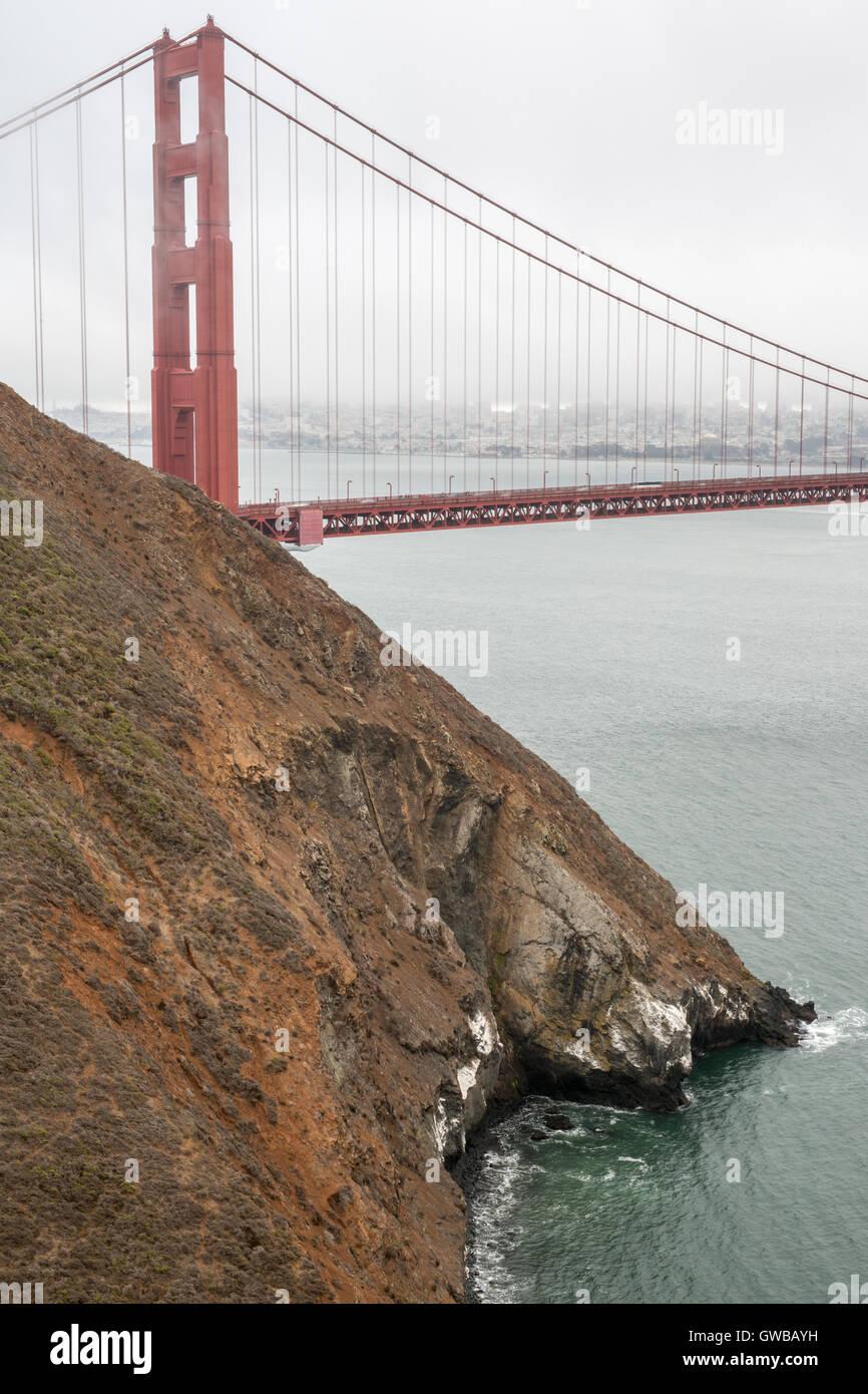 Golden Gate Bridge à partir de Kirby Cove, San Francisco, California, USA Banque D'Images