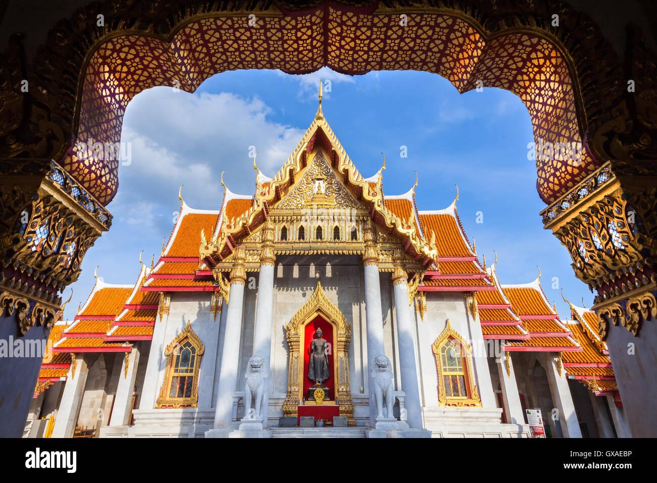 Wat Benchamabophit également connu sous le nom de temple de marbre au coucher du soleil, Bangkok, Thaïlande Photo Stock