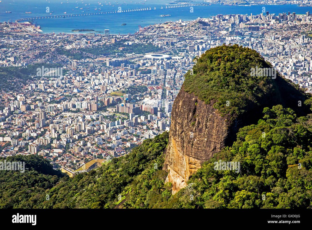 La baie de Guanabara, Maracana, Rio-Pont Niterói, Zona Norte, Tijuana, Rio de Janeiro, Brésil Photo Stock