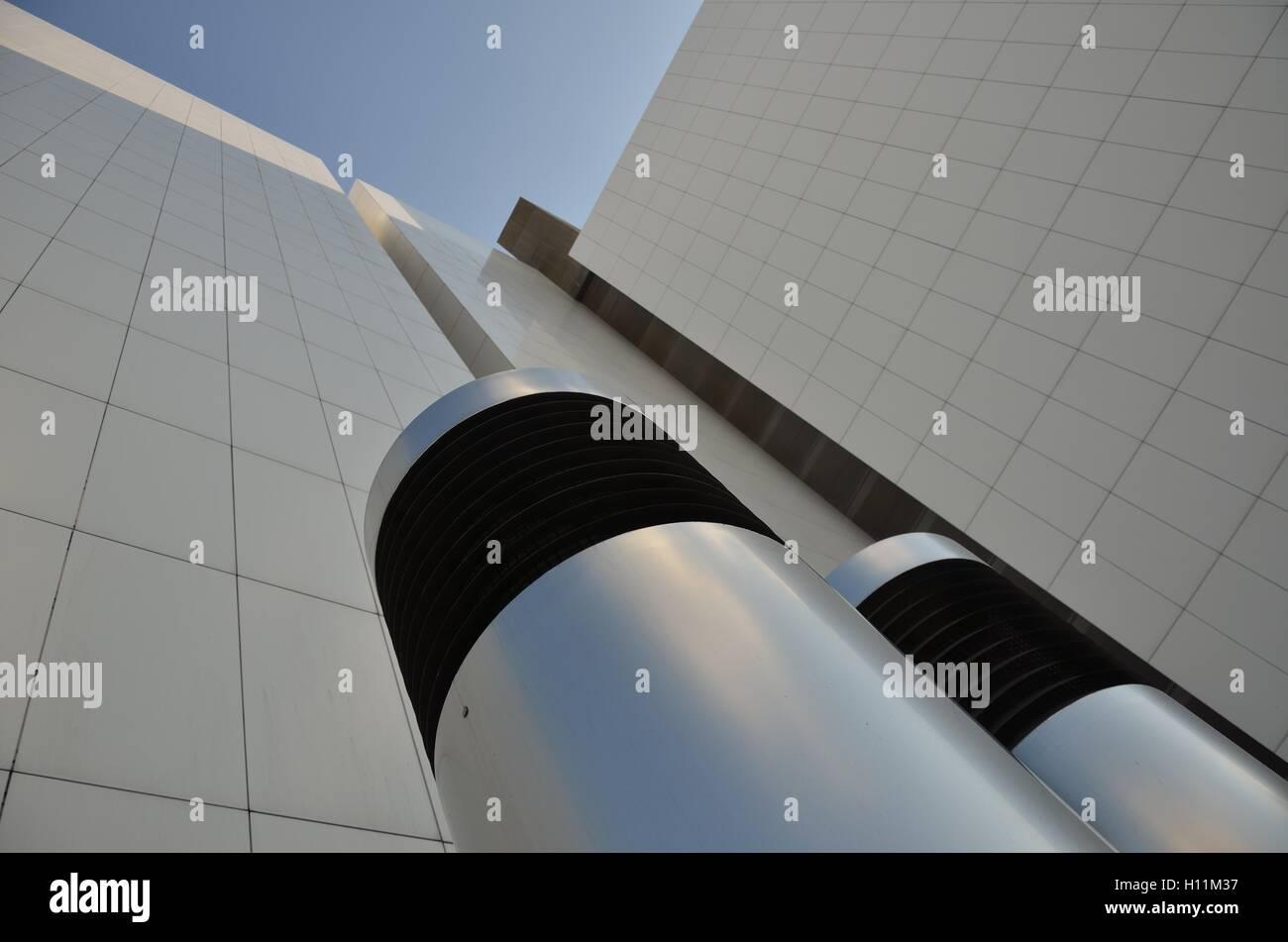 Carrelage Mural Pour Cheminée tuyau de ventilation et le carrelage mural blanc banque d
